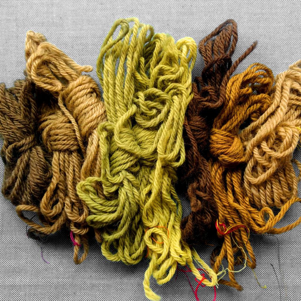 Muestras de teñido con MATE sobre lana