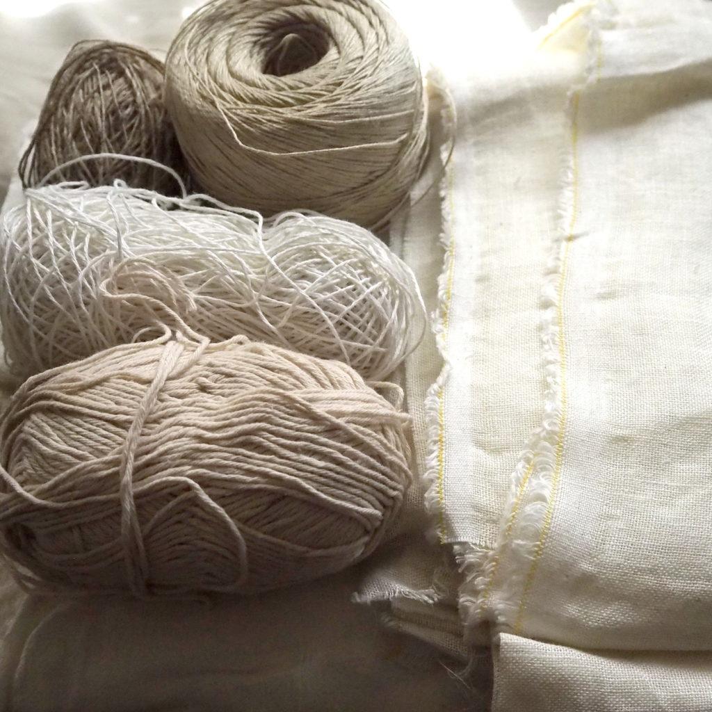 Hilados de ortiga, yute, lino y algodón. Tela de lino